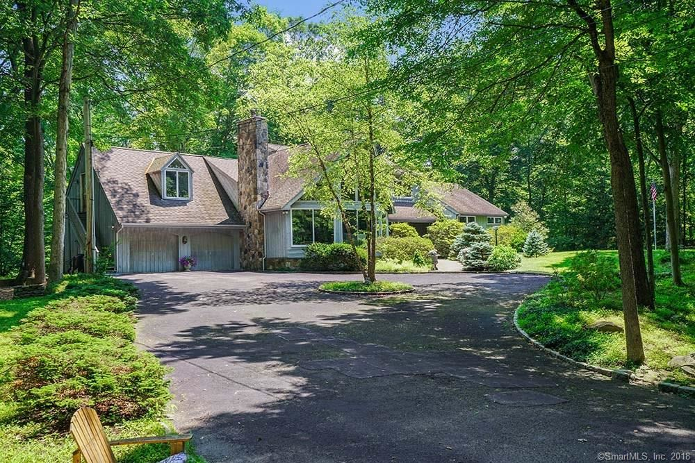 Photo for 7 Old Camp Lane, Greenwich, CT 06807 (MLS # 170041020)