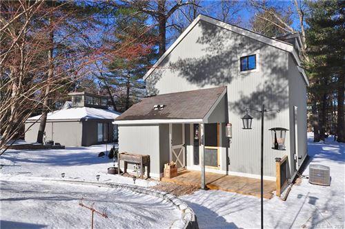 Photo of 15 Gray Pine Common #15, Avon, CT 06001 (MLS # 170266022)