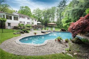 Photo of 952 North Wilton Road, New Canaan, CT 06840 (MLS # 170103023)