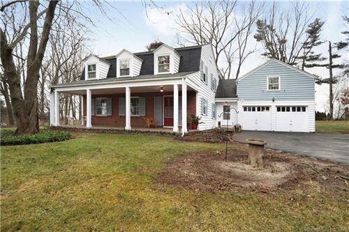 Photo of 11 Ridgewood Terrace, North Haven, CT 06473 (MLS # 170265025)