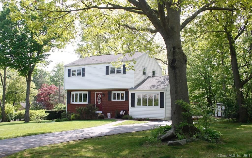 Photo for 33 Styles Lane, Norwalk, CT 06850 (MLS # 170085029)