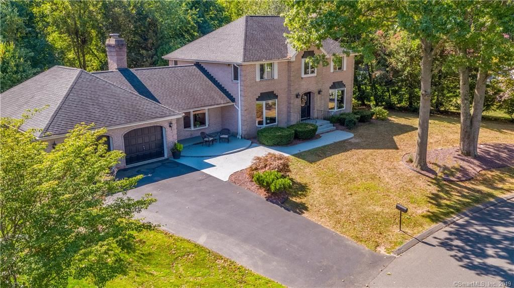 90 Brookside Drive, Suffield, CT 06078 - MLS#: 170205030