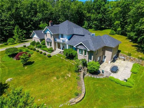 Photo of 54 Falcon Crest Road, Middlebury, CT 06762 (MLS # 170428035)