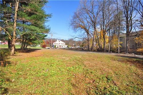 Photo of 316 Albany Turnpike, Canton, CT 06019 (MLS # 170415043)