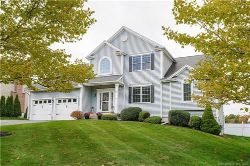 Photo of 16 Saddle Hill Road, Manchester, CT 06040 (MLS # 170349052)