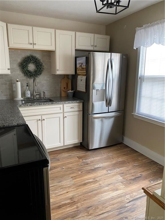Photo of 45 Tapping Reeve Village #45, Litchfield, CT 06759 (MLS # 170447054)