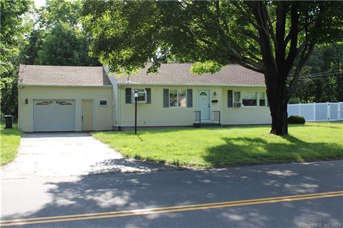 Photo of 240 Sun Valley Drive, Southington, CT 06489 (MLS # 170411062)