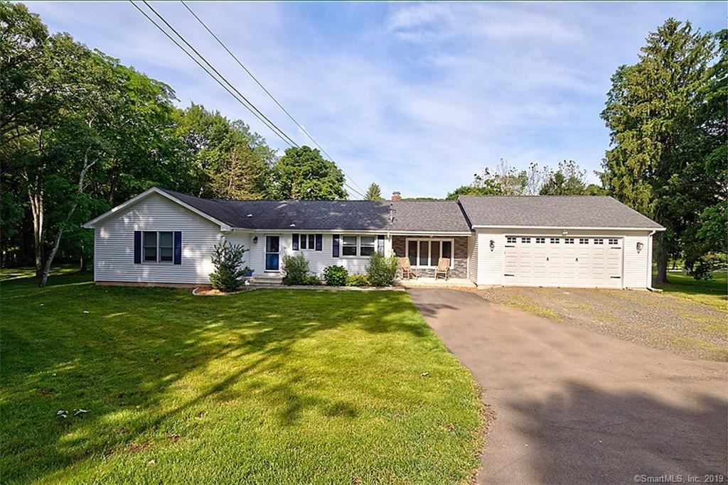 Photo for 56 Rimmon Road, North Haven, CT 06473 (MLS # 170205072)
