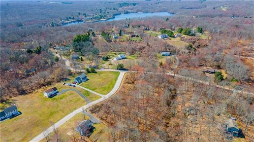 Photo of 2 Fawns Meadow Road, Montville, CT 06370 (MLS # 170419077)