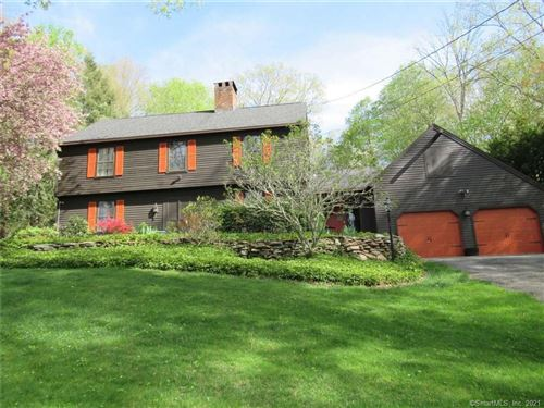 Photo of 5 Carriage Drive, Oxford, CT 06478 (MLS # 170401079)