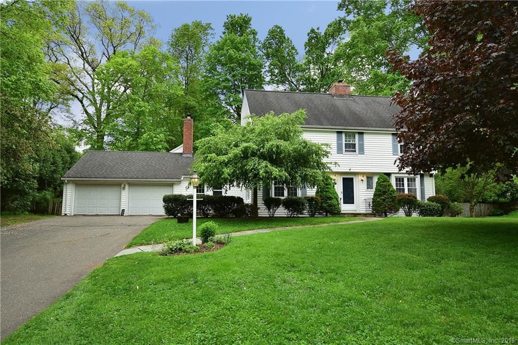 Photo for 133 Pioneer Drive, West Hartford, CT 06117 (MLS # 170084080)