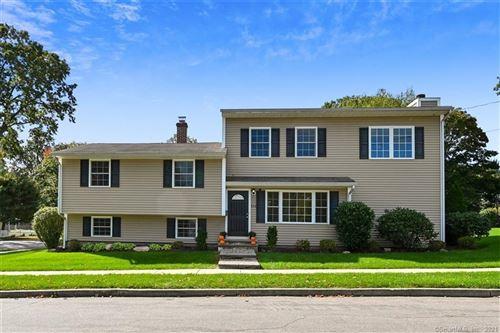 Photo of 232 Oakwood Drive, Fairfield, CT 06824 (MLS # 170445084)