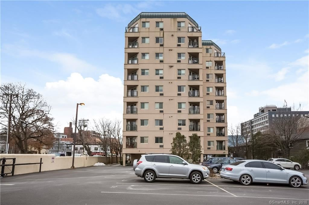 Photo for 104 North Street #202, Stamford, CT 06902 (MLS # 170041094)