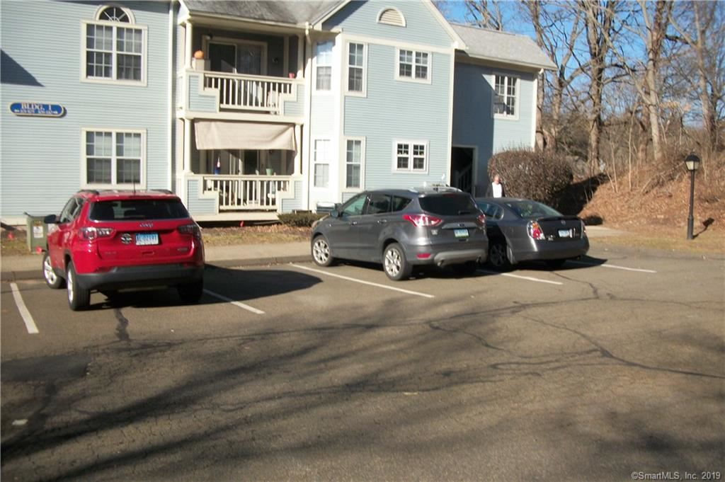 Photo for 75 Redwood Drive #106, East Haven, CT 06513 (MLS # 170156094)