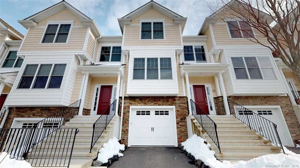 Photo for 1203 Woodland Hills Drive #1203, Trumbull, CT 06611 (MLS # 170059099)
