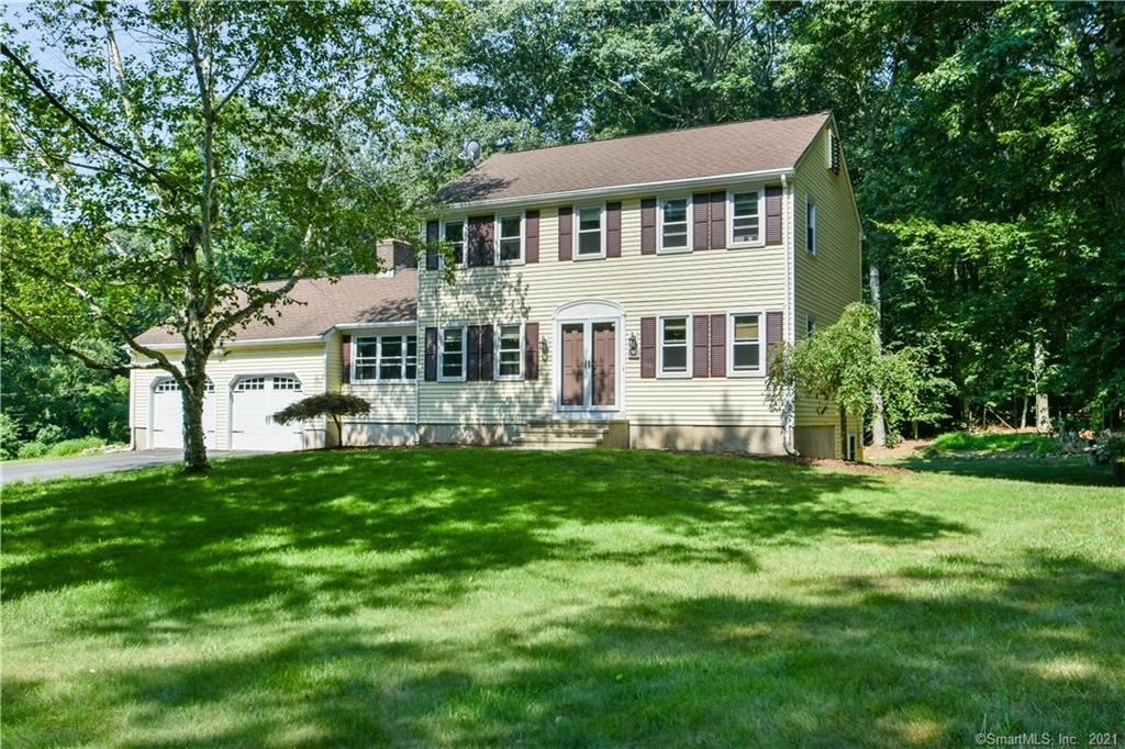 Photo for 125 Airline Road, Clinton, CT 06413 (MLS # 170440115)