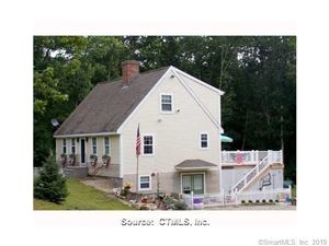 Photo of 66 White Oak Road, Mansfield, CT 06268 (MLS # 170183120)