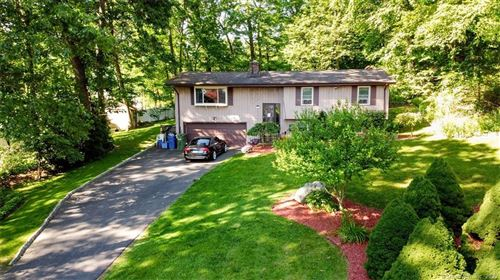 Photo of 23 Mariondale Drive, Southington, CT 06479 (MLS # 170303124)