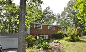 Photo of 154 Carriage Drive, Middlebury, CT 06762 (MLS # 170009125)