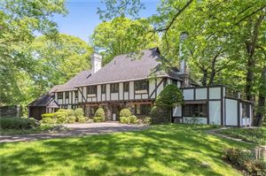 Photo of 12 Knollwood Drive, Greenwich, CT 06830 (MLS # 170096128)