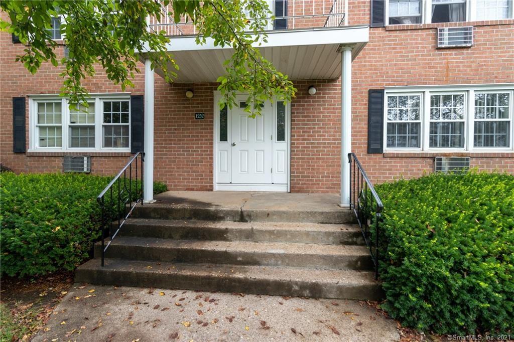 Photo for 1252 Farmington Avenue #A, Farmington, CT 06032 (MLS # 170416147)