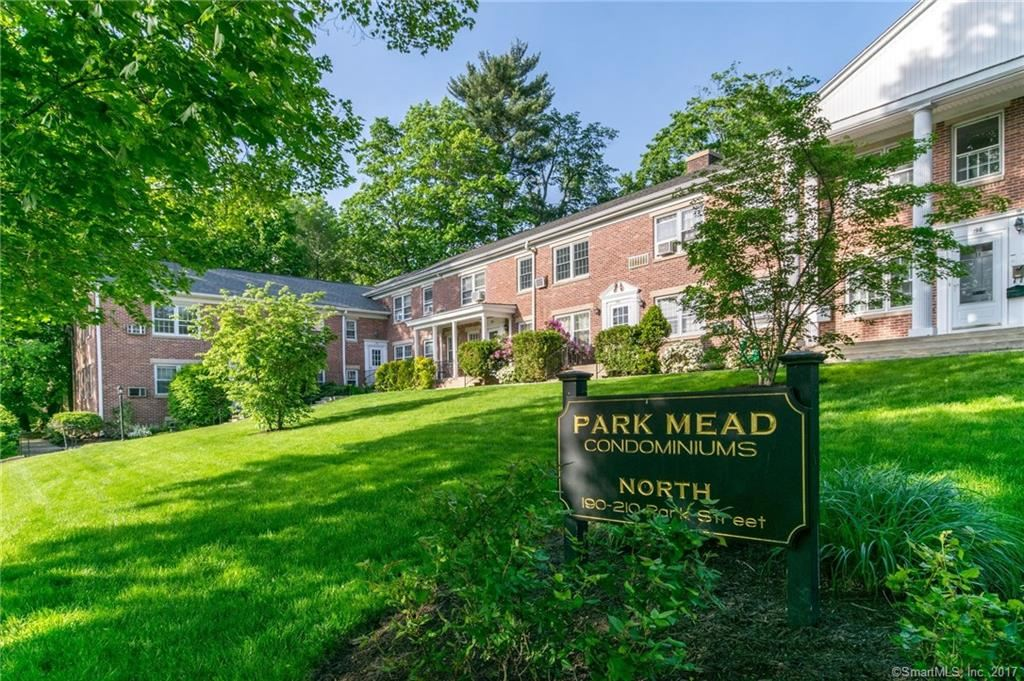 Photo for 196 Park Street #10, New Canaan, CT 06840 (MLS # 170040155)