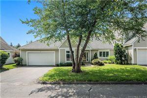 Photo of 4 Litchfield Lane #4, Avon, CT 06001 (MLS # 170114160)