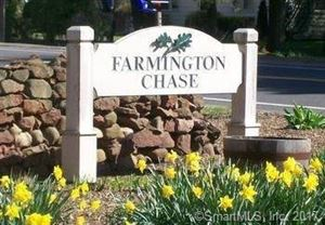 Photo of 13 Farmington Chase Crescent #13, Farmington, CT 06032 (MLS # 170031163)