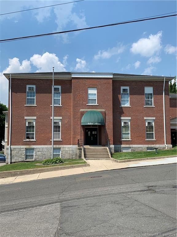 Photo for 91 4th Street #1, Ansonia, CT 06401 (MLS # 170408165)