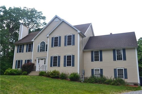 Photo of 4 Hart Court, Oxford, CT 06478 (MLS # 170404171)