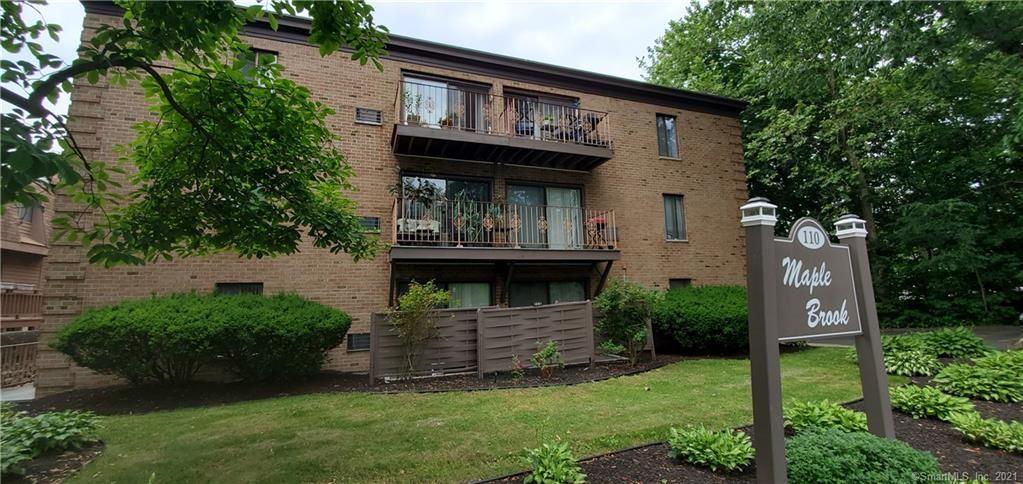 Photo for 110 Maple Tree Avenue #1C, Stamford, CT 06906 (MLS # 170412175)