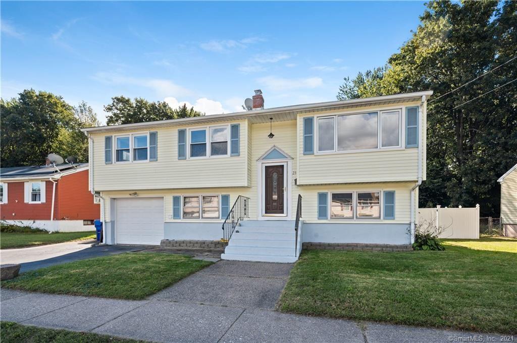 Photo for 23 Jefferson Lane, East Hartford, CT 06118 (MLS # 170439180)