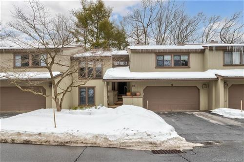 Photo of 2 Catalpa Court #2, Avon, CT 06001 (MLS # 170372206)