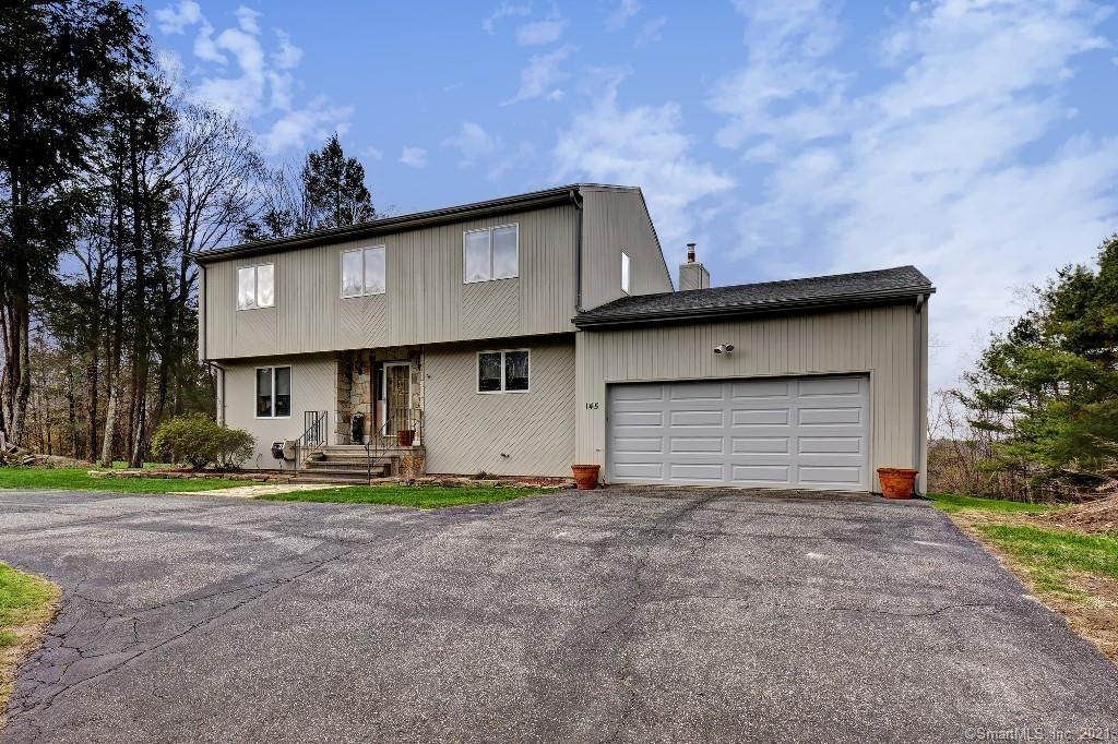 Photo of 145 Mountain View Manor, Torrington, CT 06790 (MLS # 170398210)