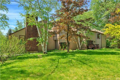 Photo of 19 High Wood Road, Bloomfield, CT 06002 (MLS # 170438216)