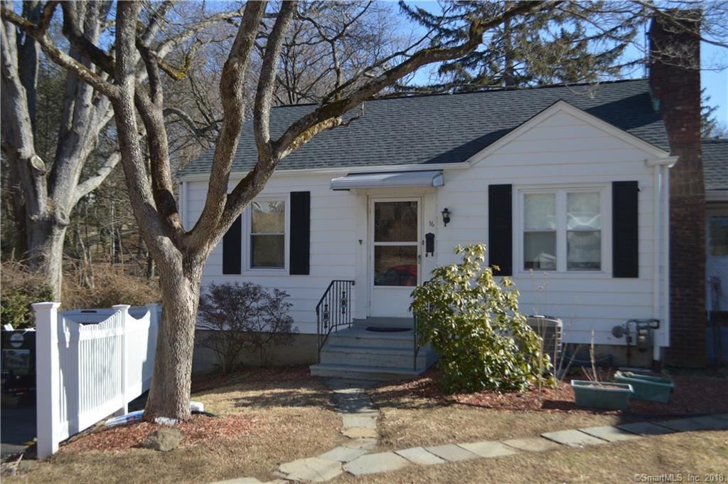 Photo for 16 Concord Street #Left, Greenwich, CT 06831 (MLS # 170049219)