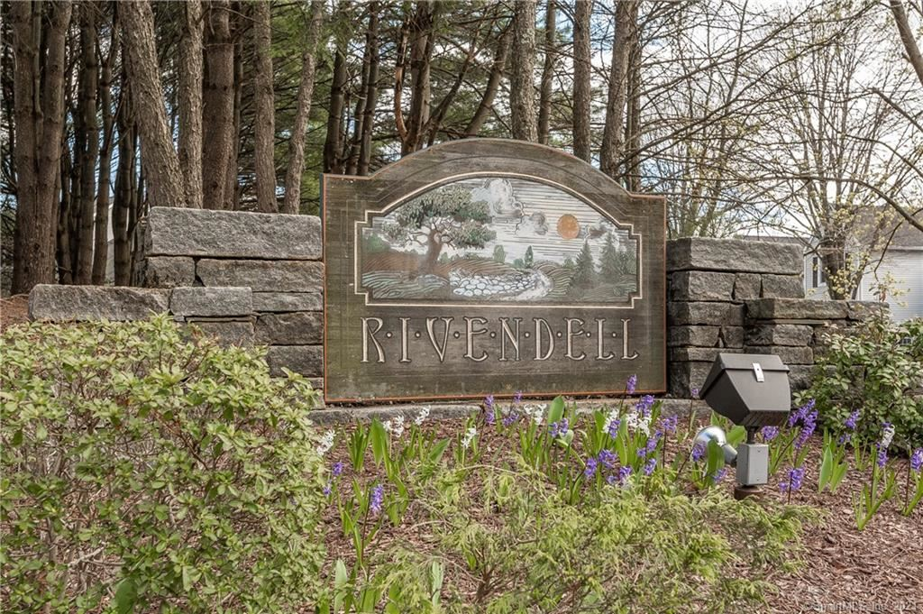102 Morningside Court #102, Shelton, CT 06484 - #: 170400219