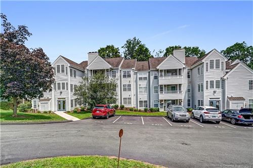 Photo of 1 Forest Glen Circle #17, Middletown, CT 06457 (MLS # 170424230)