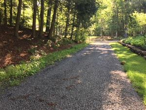 Photo of 370 West Mountain Rd Road, Simsbury, CT 06092 (MLS # 170124237)