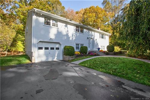 Photo of 167 Glenwood Drive, Guilford, CT 06437 (MLS # 170347241)