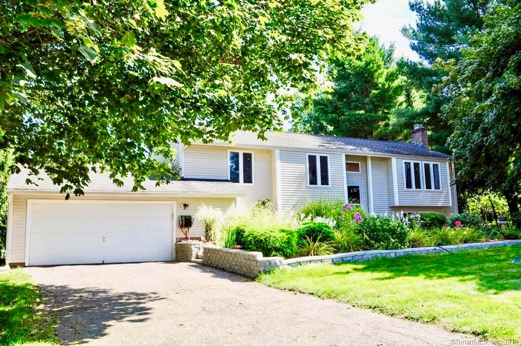 Photo for 245 Skyline Drive, South Windsor, CT 06074 (MLS # 170235264)