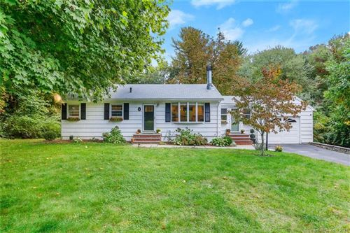 Photo of 19 Putting Green Road, Fairfield, CT 06825 (MLS # 170445265)