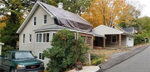 Photo of 63 Glenwood Avenue, Middlebury, CT 06762 (MLS # 170348267)