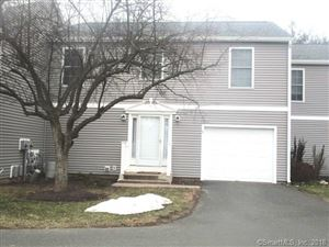 Photo of 5 Old Oak Court #5, Bloomfield, CT 06002 (MLS # 170067275)