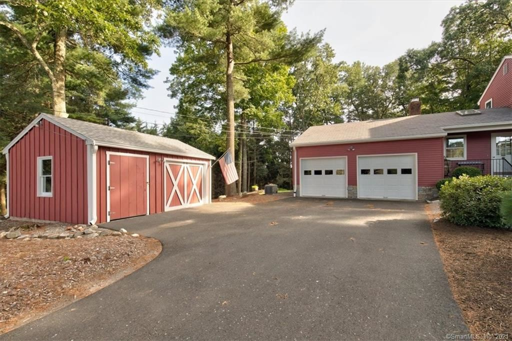 Photo of 18 Livery Pool Road, New Hartford, CT 06057 (MLS # 170430285)