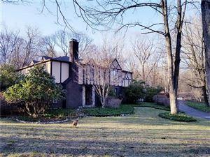 Photo of 22 Perkins Road, Woodbridge, CT 06525 (MLS # 170066307)