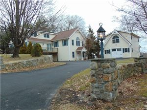Photo of 146 Bayberry Terrace, Middlebury, CT 06762 (MLS # 170158307)