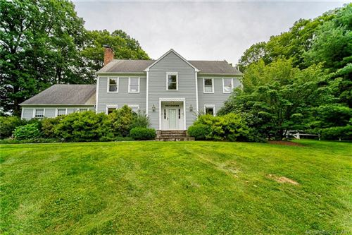 Photo of 674 Middle Road Turnpike, Woodbury, CT 06798 (MLS # 170425312)