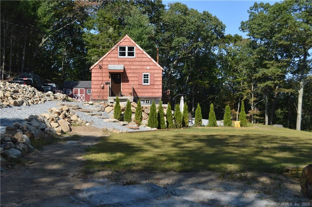 Photo of 43 Sioux Drive, Oxford, CT 06478 (MLS # 170340313)