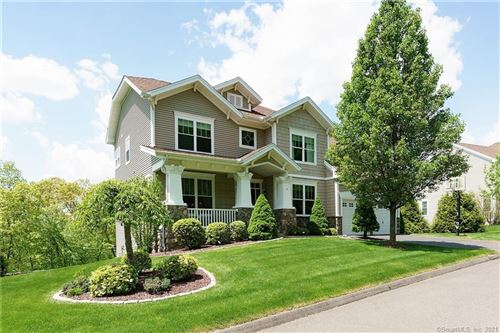 Photo of 10 Plymouth Lane, Middlebury, CT 06762 (MLS # 170402324)